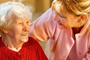 Les retraités dépendants peuvent bénéficier du CESU accueil familial